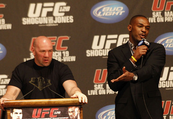 Ufc128-jones-white-presser_crop_340x234