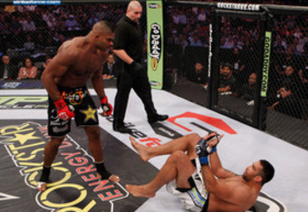 Overeem_vs_werdum_large_crop_340x234