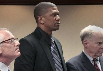 Jalen-rose-gets-20-days-in-jail-for-dui-4f8gp9s-x-large_crop_340x234