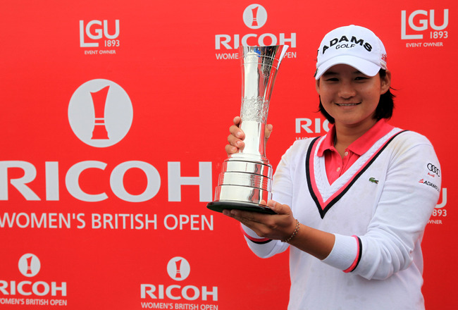 Yani holds her 5th major trophy