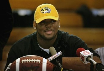 Signing_day_missouri__hodd_t_w600_h1200_crop_340x234