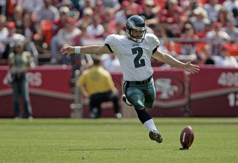 Former Eagle David Akers brings his strong leg to SF