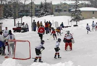 Pondhockey_crop_340x234