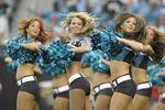Cheerleaders013--500x380_crop_150x100