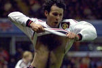 Giggs-hairy-ches-415x275t_crop_150x100