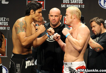 UFC ON FOX Results: Aaron Rosa Batters Matt Lucas, Wins Majority Decision