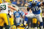 Nfl_u_suh-ejected_mb_576_crop_150x100