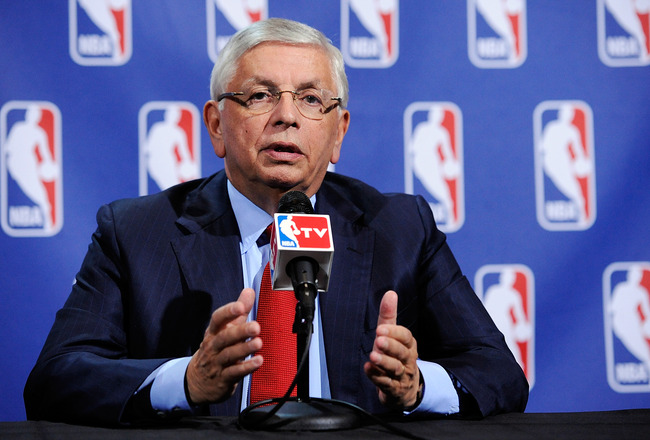 Links: NBA Lockout? It's (Tentatively) All Over, Over There!