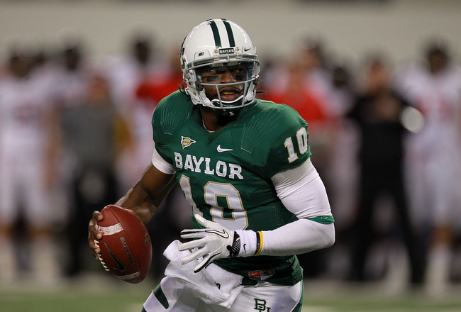 No. 21 Baylor wins 66-42 over Tech after RG3 out