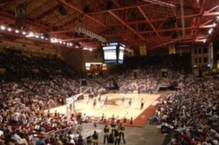 University-of-denver-stadiums-magness-arena-full-of-denver-basketball-fans-du-s-x-00005md_crop_340x234_crop_310x205