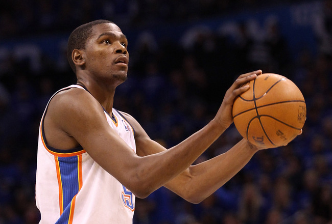 KEVIN DURANT scores 21 points to lead Thunder over Mavericks 106-92 in ...