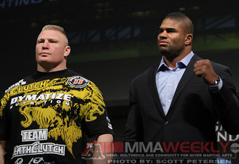 Brock-lesnar-alistair-overeem-ufc-141-press-01_crop_340x234