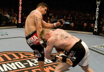 Frank_mir_says_alistair_overeem_has_little_chance_of_staying_on_his_feet_against_brock_lesnar_crop_340x234