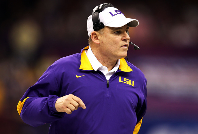 Watch: LSU coach Les Miles blasted by radio host after BCS loss