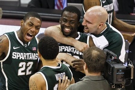 No. 7 Michigan State Crushes Iowa, Winning Streak Grows to 15