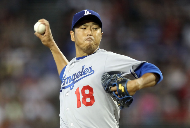 Dodgers officially wave goodbye as HIROKI KURODA signs with Yanks