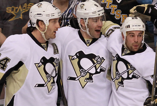 Penguins make it 8 straight, rally by Panthers 2-1