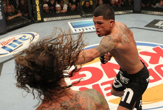 Why Pettis Should Drop Down to Challenge Aldo