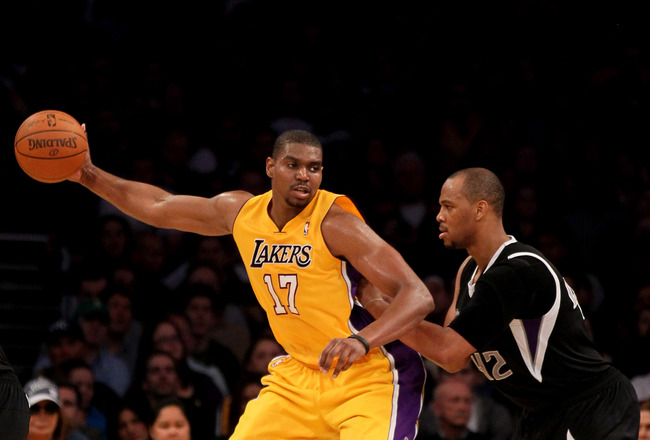 Thunder pound Chicago...Lakers win, lose Bynum