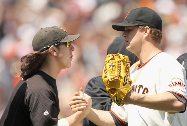 SF Giants blow 6-0 lead and lose; Bochy ejected