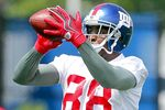 Giants' WR Hakeem Nicks Breaks Foot: Out How Long?