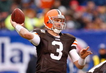 CLEVELAND - NOVEMBER 30:  Quarterback Derek Anderson #3 of the Cleveland Browns passes the ball during their NFL game against the Indianapolis Colts on November 30, 2008 at Cleveland Browns Stadium in Cleveland, Ohio. The Colts defeated the Browns 10-6.