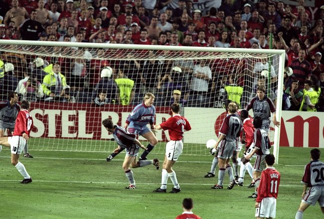 26 May 1999:  Ole Gunnar Solskjaer of Manchester United latches on to Teddy Sheringham's flick to score the winner during the UEFA Champions League Final against Bayern Munich at the Nou Camp in Barcelona, Spain. United scored twice in injury time to win2