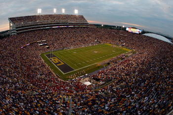 top 25 most intimidating college football stadiums The 25 largest college football stadiums - at these stadiums, you may need binoculars to see the players fyi, this list is.