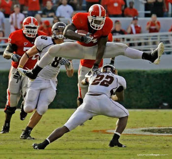 Knowshon-moreno-jumps-hurdles-defender_display_image