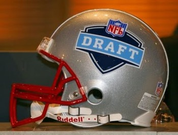 Nfldrafthelmet_display_image