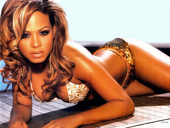 Christinamilian_display_image