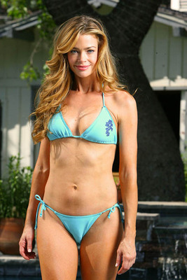 Denisebikini1_display_image