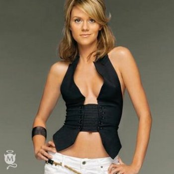 Hilarieburton_display_image