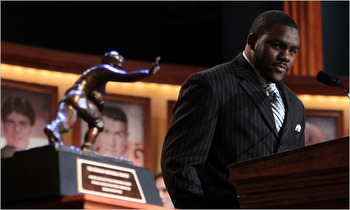 Heisman_display_image