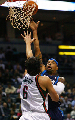 Dallasmavericksvmilwaukeebucks29cpezwe7unl_display_image