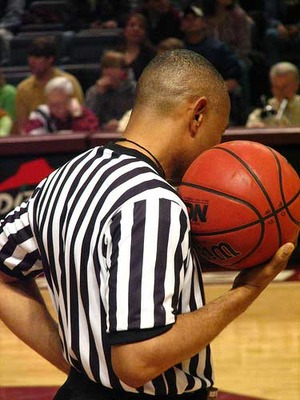 Basketballreferee_display_image