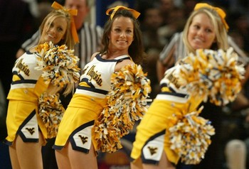 Bigeastwestvirginiacheerleaders2_display_image