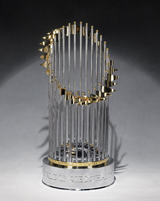 Commissioners-trophy_display_image