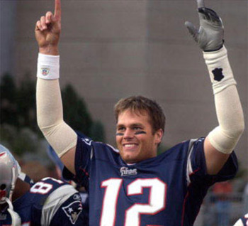 Tom-brady-pointing-finger-ii_display_image