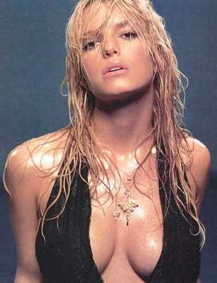 Jessica_simpson_hot_and_wet_display_image