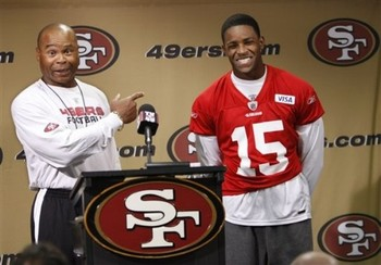 Michael_crabtree_mike_singletary_49ers_610x_display_image