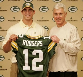 Aaron_rodgers_draft_display_image