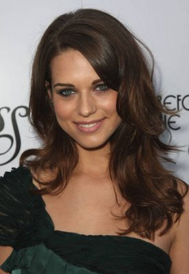 Lyndsyfonseca-sgg-079960_display_image