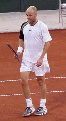 Fo200px-andre_agassi_2005_us_clay_court_display_image