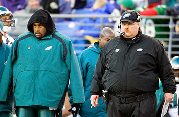 Nfl_081125_mcnabb-reid1_display_image