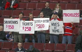 Funny_fan_signs-4232_display_image