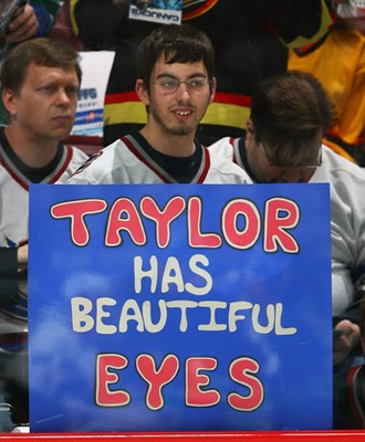 Pyatt_superfan2_display_image