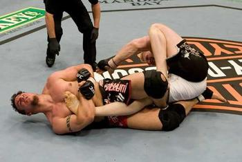 Frank-mir-lesnar-leg-lock_display_image