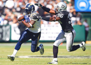 Wpf_chargers-vs-raiders_display_image