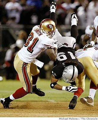 Sp_raiders_49ers_0498900481_display_image